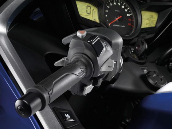 Honda_VFR1200F_DCT_SC63_2012_-_22