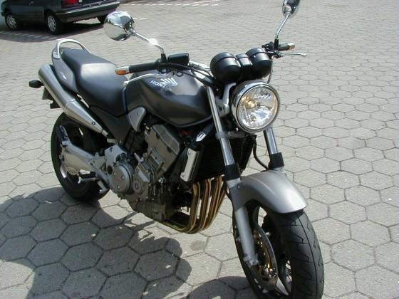 Meine Hornet 900