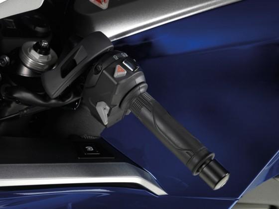 Honda_VFR1200F_DCT_SC63_2012_-_14